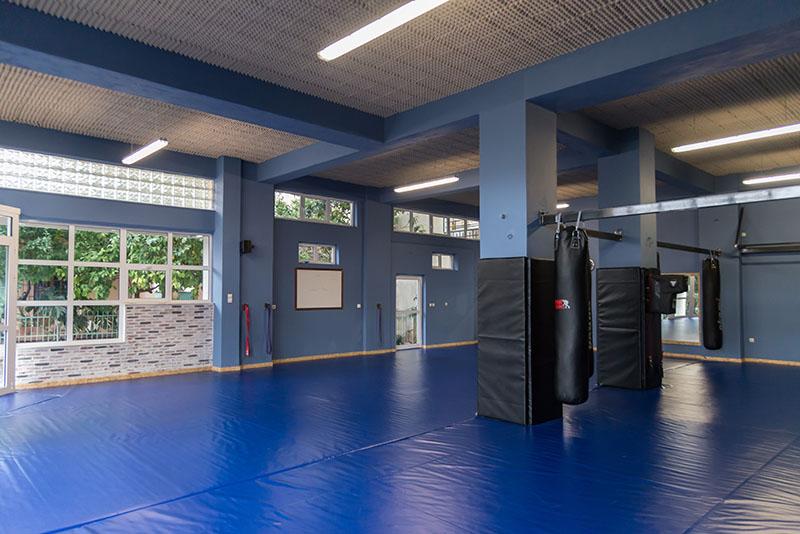 The Camp 10 Γυμναστήριο - Καλαμάτα - Ζευς - MMA - Υπηρεσίες